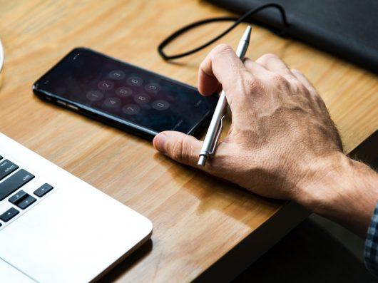 O papel do educador perante as mídias sociais digitais